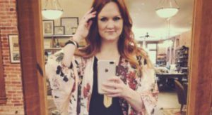 'Pioneer Woman' Ree Drummond Accused Of Supporting Mass Horse Slaughter